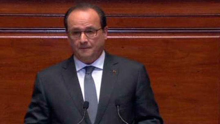 """Hollande: La red yihadista de París y Bruselas va """"camino de ser destruida"""""""