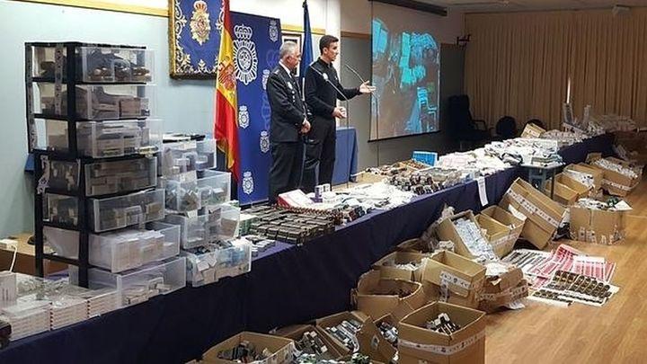 Ocho detenidos por vender anabolizantes falsos fabricaban ya viagra femenina