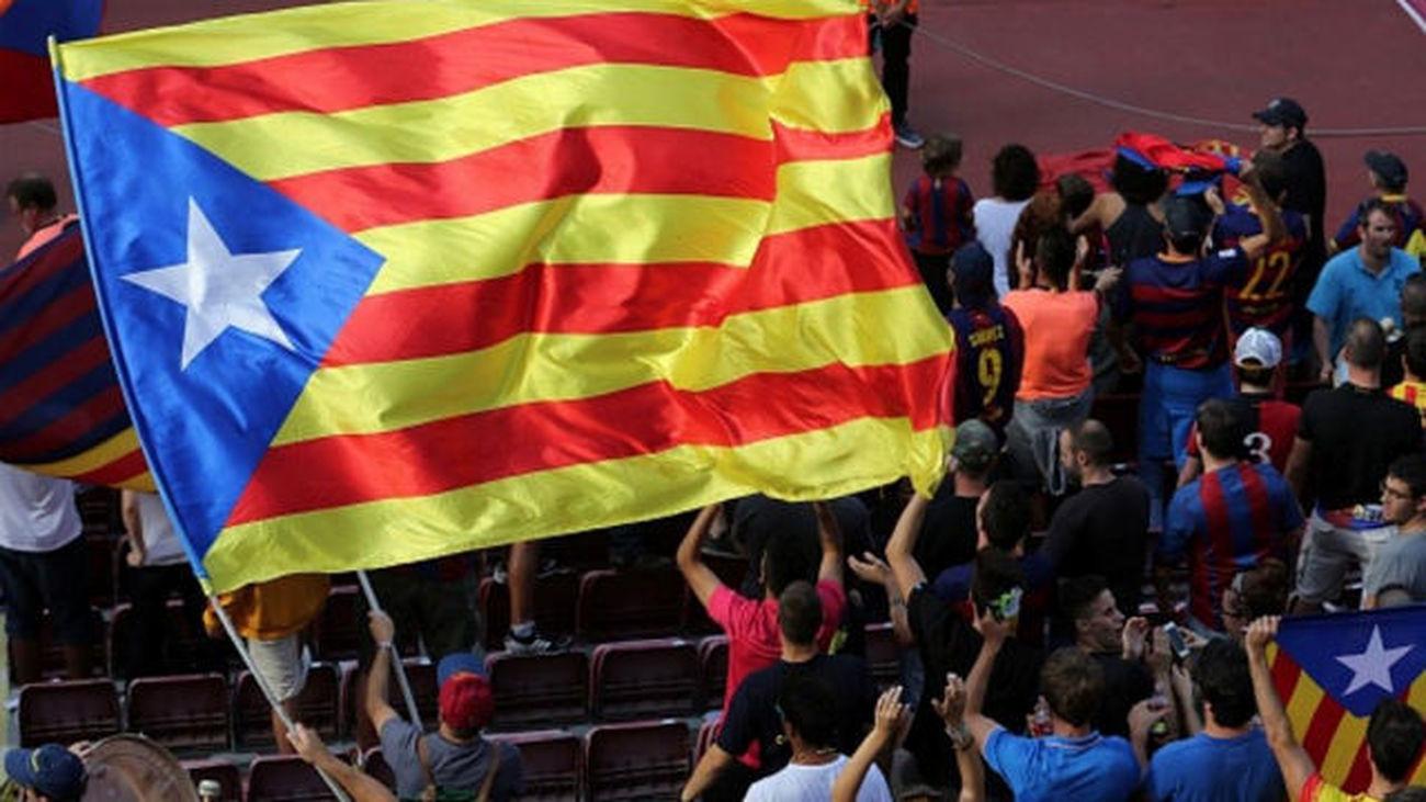 Puigdemont no irá a la final de Copa por la prohibición de esteladas