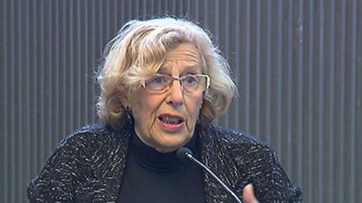 Carmena dice que la entrada del PSOE al Gobierno depende sobre todo de ellos