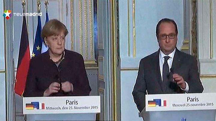 """Hollande insta a Alemania a """"ir más lejos"""" en la lucha contra el Daesh"""