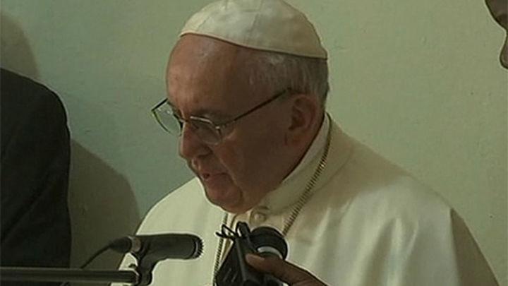 El Papa visita la mezquita de Bangui para pedir paz entre cristianos y musulmanes