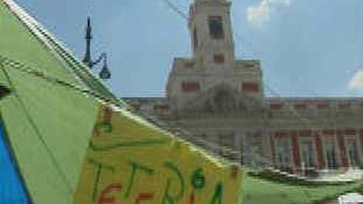 Carmena pondrá una placa al 15-M en la Puerta del Sol de Madrid