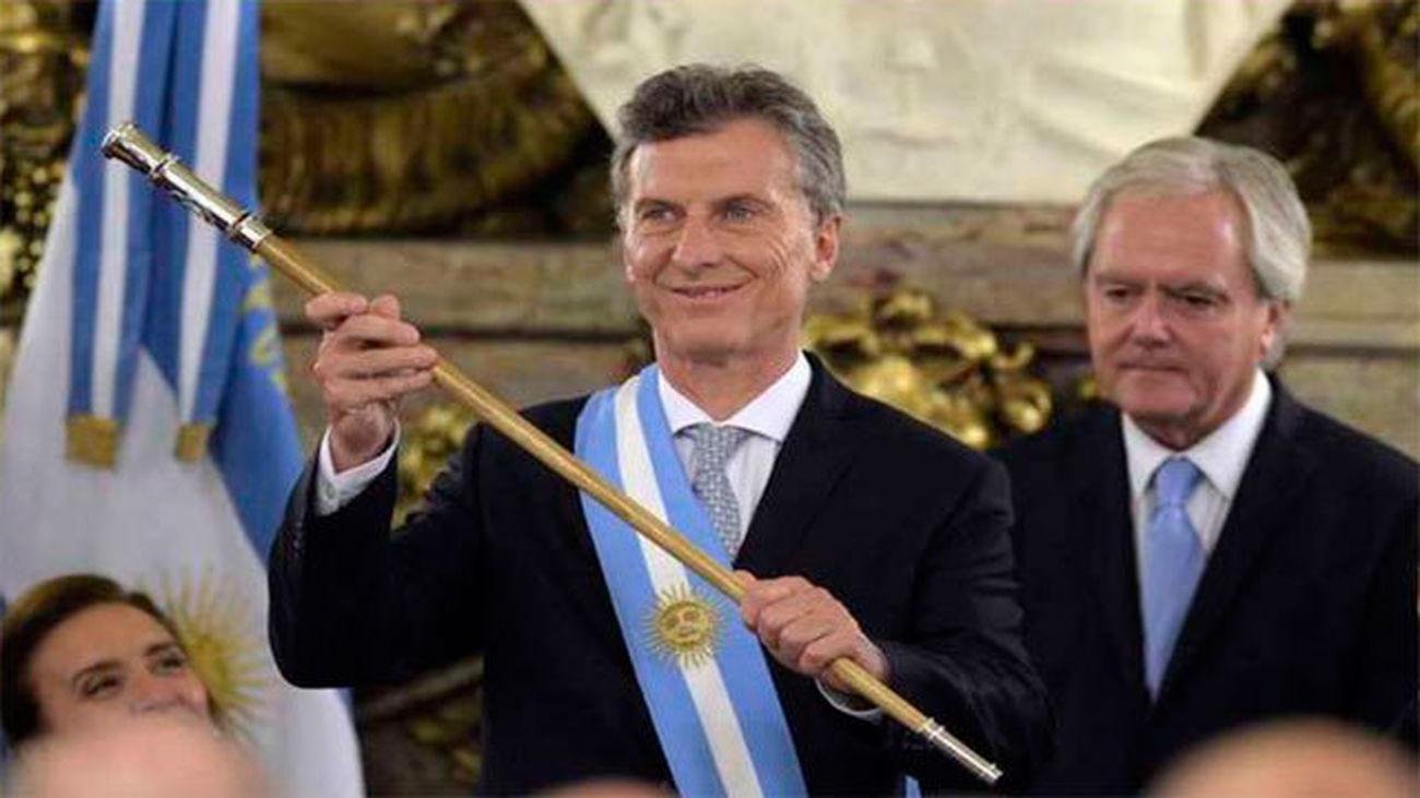 Macri presta juramento ante el Congreso como nuevo presidente de Argentina