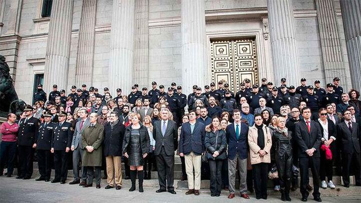 Los Reyes presidirán el funeral por los dos policías asesinados en Afganistán