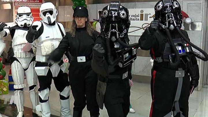 Un maratón de donación de sangre amenizado por los soldados de Star Wars
