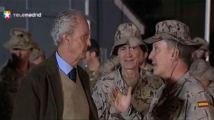 El ministro de Defensa visita a los militares españoles en Iraq y Kuwait