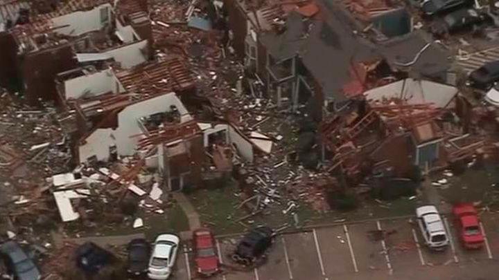 Una veintena de muertos por tormentas y tornados en EEUU
