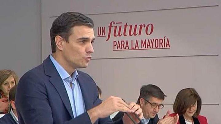 Sánchez avisa a Podemos de que no negociará si no renuncia al referéndum