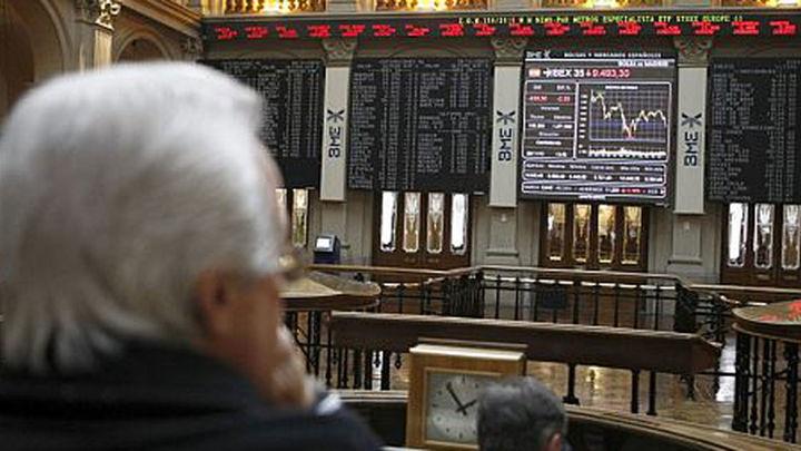 El Ibex pierde un 1,72%, hasta los 8.590 puntos, lastrado por la banca
