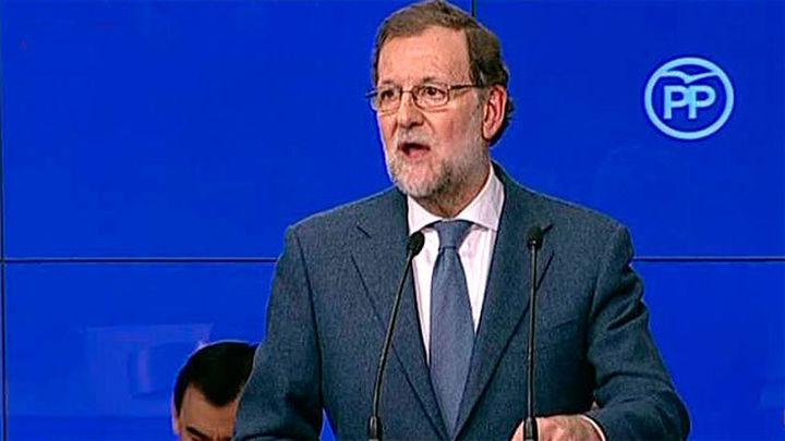 """Rajoy advierte de los """"disparates"""" de Sánchez por sus """"urgencias personales"""""""