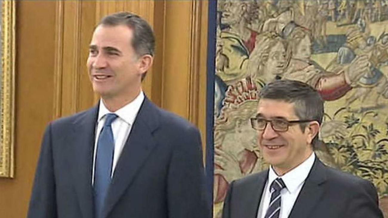 El Rey recibe a López y Escudero antes de abrir la ronda de consulta con los partidos