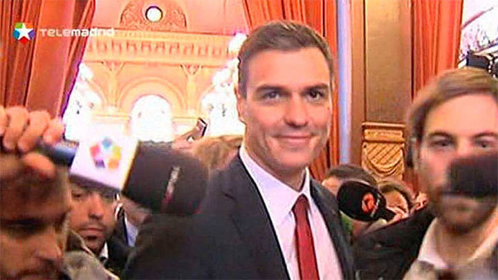 "Podemos al PSOE: ""Queremos hablar para evitar que Rajoy vuelva a ser presidente"""