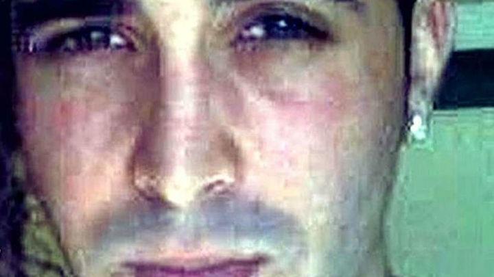 El hombre que tiró a la niña por la ventana fue descubierto abusando de ella