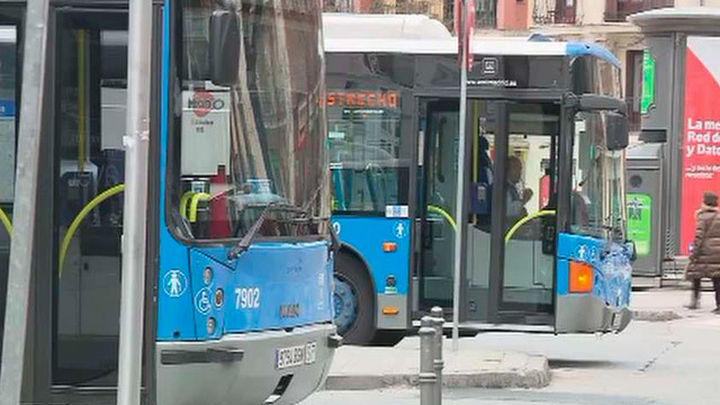 Autobuses de la EMT, divididos en tres tramos diferentes, cubrirán el cierre de la línea 8 de Metro