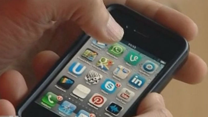 Bruselas retira su propuesta de limitar  el roaming gratuito a 90 días por año