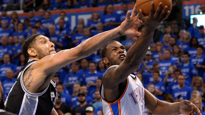 Oklahoma apabulla y elimina a los Spurs