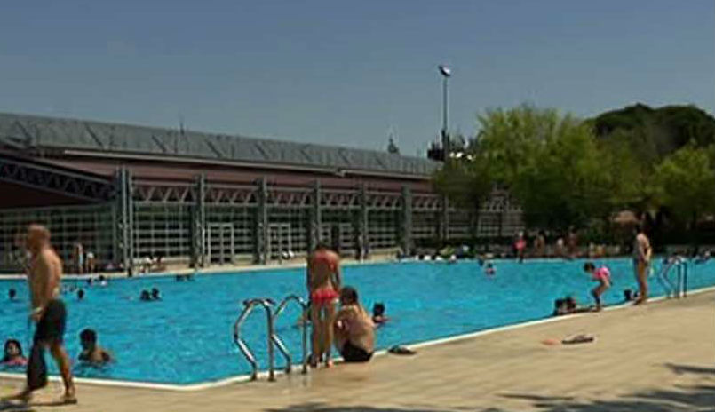 Precios de piscinas interesting las piscinas municipales for Piscinas climatizadas madrid