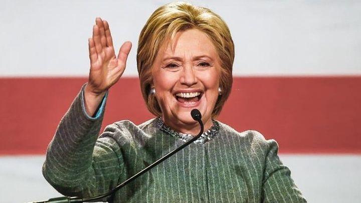 Clinton se pregunta si Trump tiene algo que esconder sobre sus impuestos