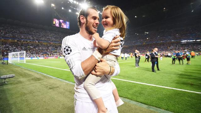 Bale lo celebra en familia