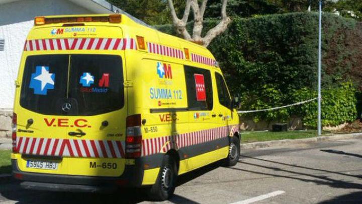 Muere un motorista al chocar contra un muro en la M-220 en Campo Real