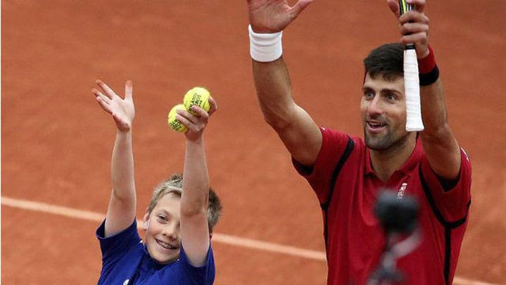 Djokovic se mete en semifinales de Roland Garros por octava vez