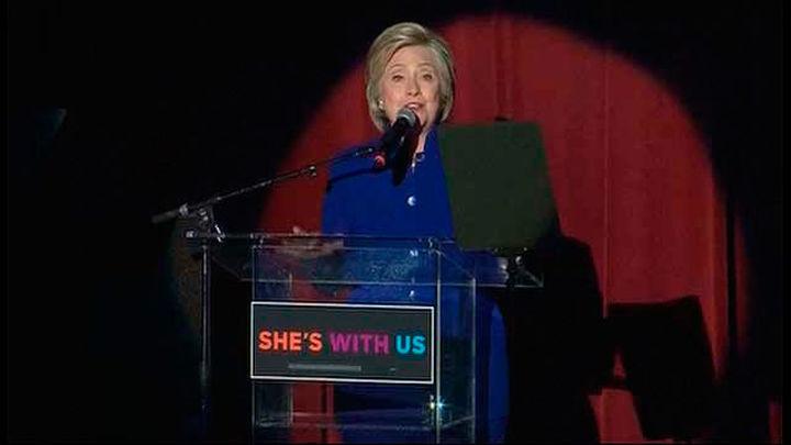 Hillary Clinton logra los delegados para ser candidata y se enfrentará a Trump