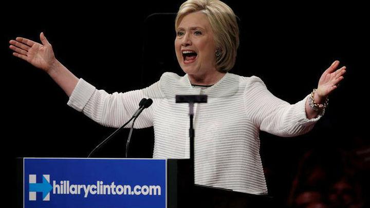 Clinton declara durante más de tres horas ante el FBI por sus correos