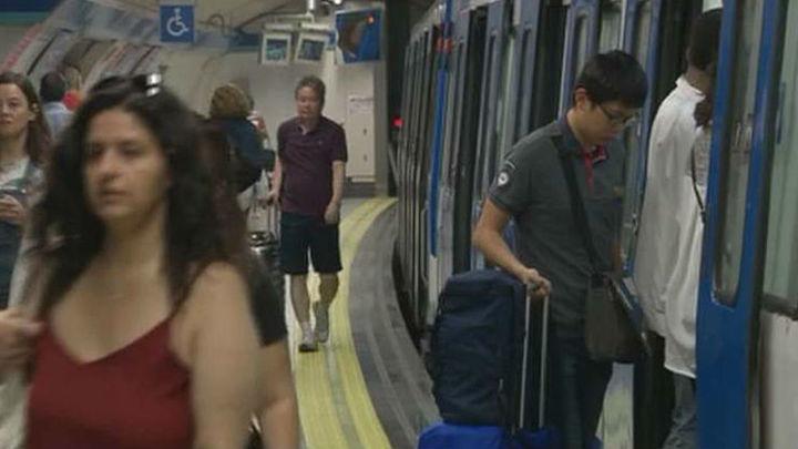 Metro cifra en 93,3% el seguimiento del paro y los trabajadores lo elevan al 95%
