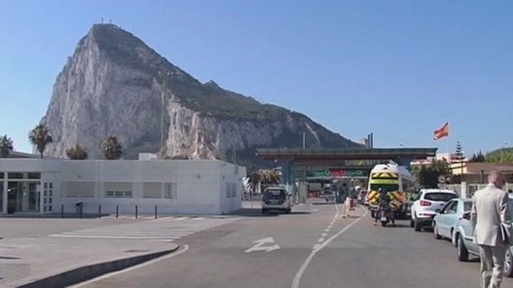 El Reino Unido topa con Gibraltar al inicio de la negociación del 'brexit'
