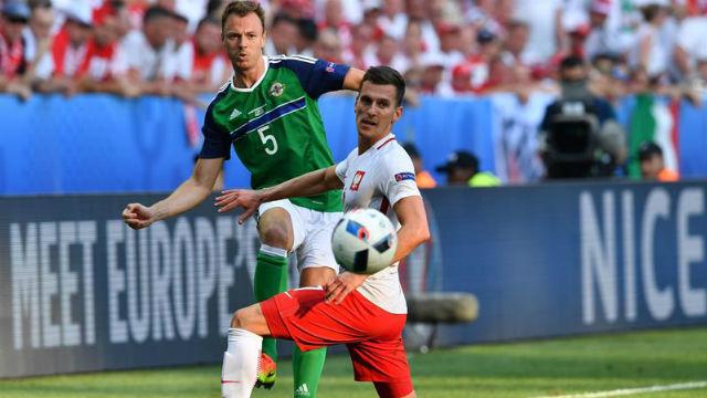 Polonia, 1 - Irlanda del Norte, 0