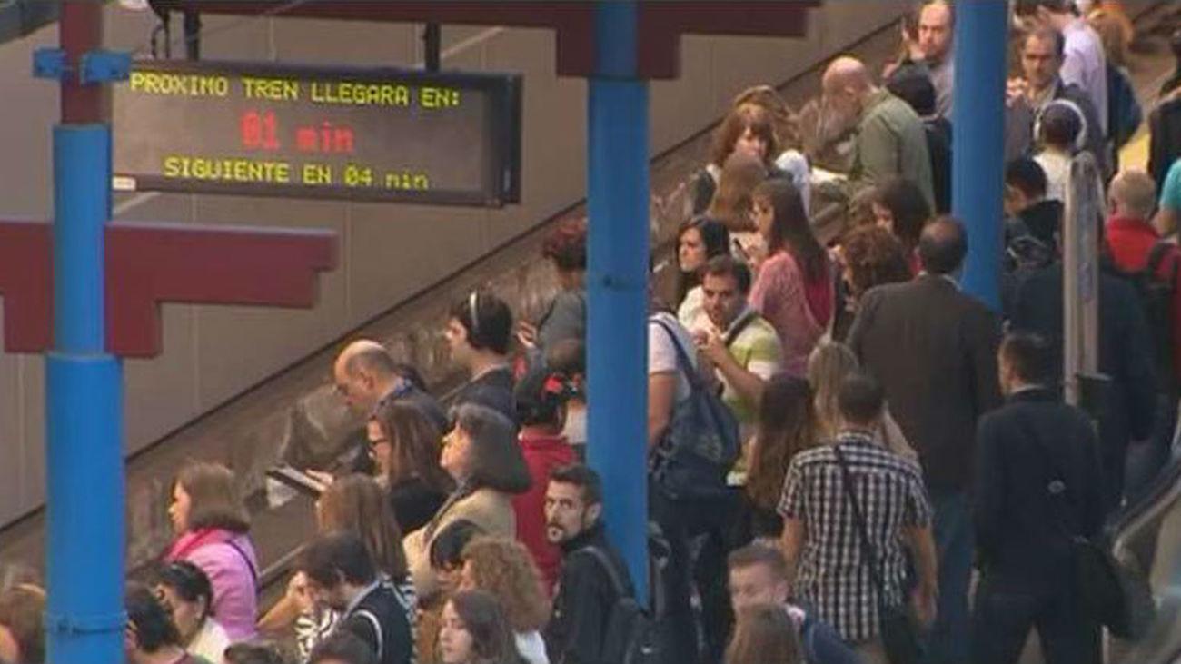 La asamblea de maquinistas de Metro acuerda mantener paros parciales la semana que viene