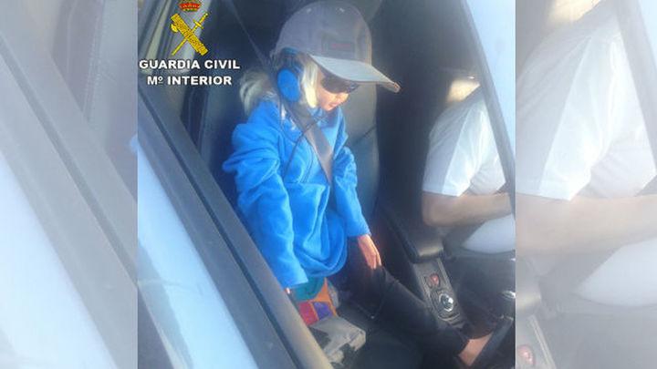 Sorprendido con una muñeca de copiloto en el Bus-VAO