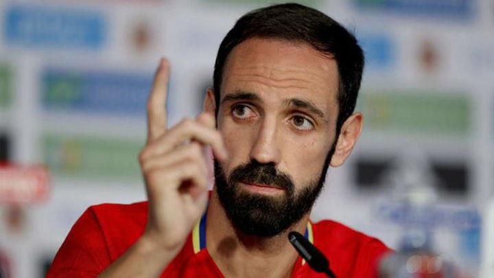 """Juanfran: """"Contra Italia no habrá exceso de confianza"""""""