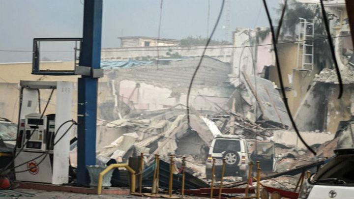 Asciende a 18 el número de muertos en el ataque contra un hotel en Mogadiscio