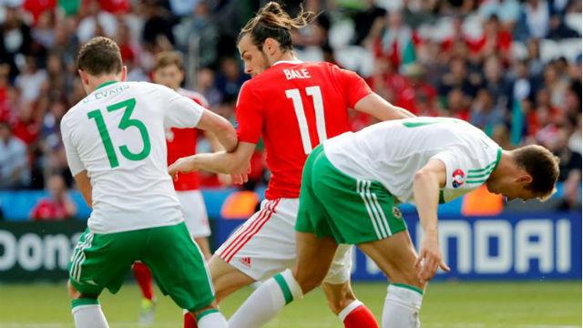Irlanda del Norte, 0 -  Gales, 1