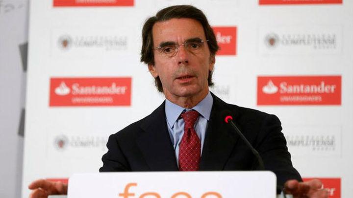 Aznar felicita a Rajoy y le da su apoyo para formar gobierno lo antes posible