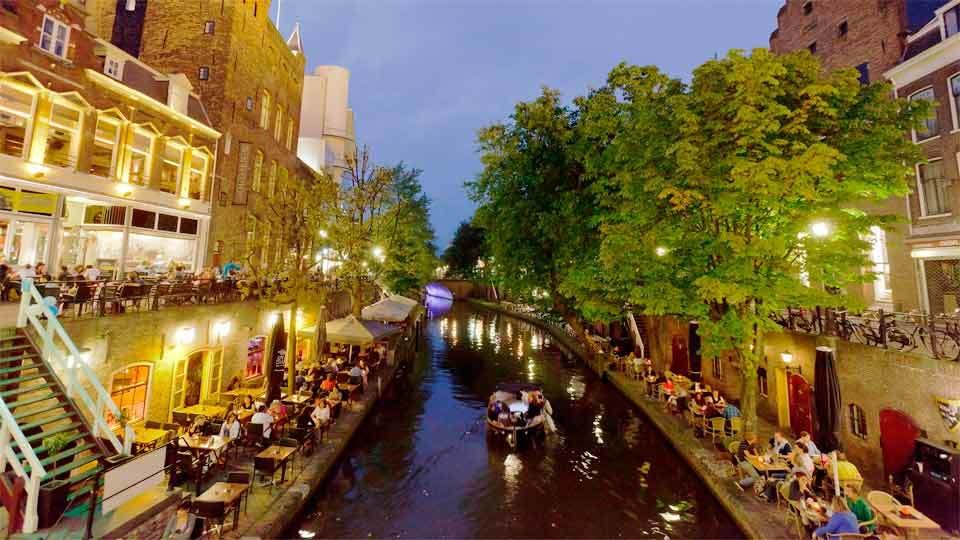 Utrecht, entre castillos, canales y bicis
