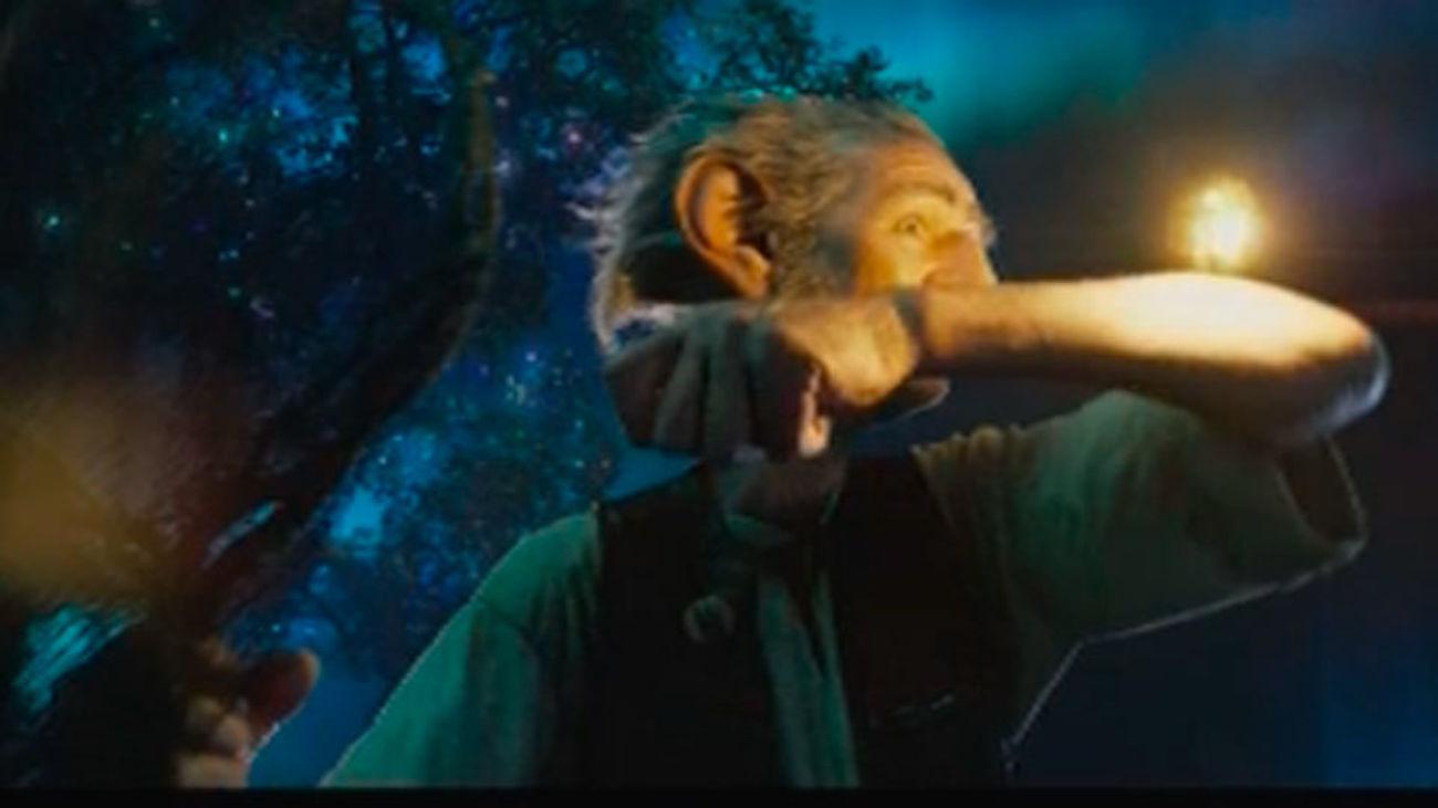 Spielberg crea un cuento de hadas con 'Mi amigo el gigante'