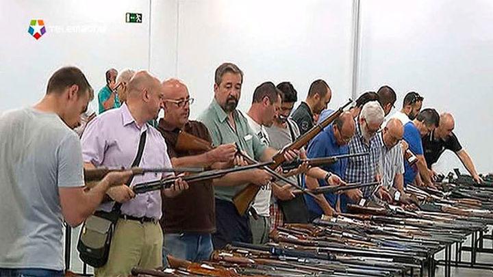 La Guardia Civil expone en IFEMA más de 2.600 armas para subasta