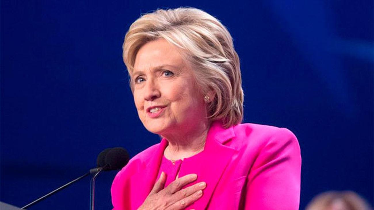 El FBI cree que Clinton no debe ser procesada en el caso de los correos electrónicos