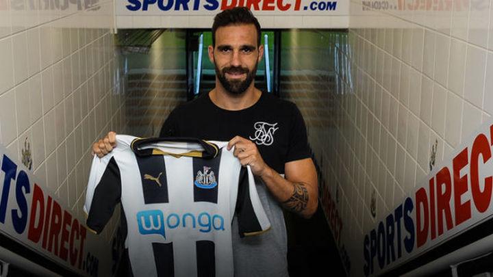 Gámez deja el Atlético y ficha por el Newcastle