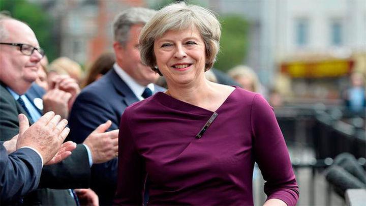Cameron anuncia que el miércoles deja el Gobierno y cede el cargo a May