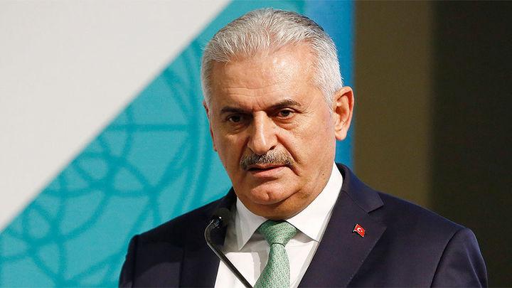 El primer ministro de Turquía confirma un aparente intento de golpe militar