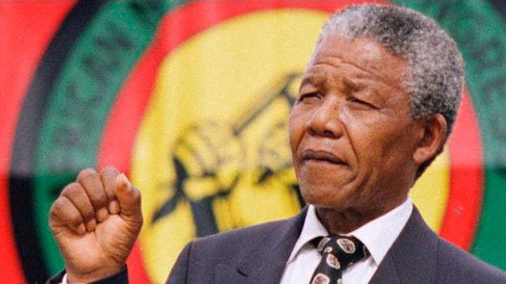 El embajador de Sudáfrica y la alcaldesa de Getafe rinden homenaje a Mandela