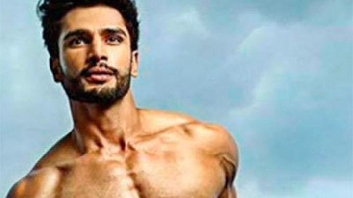 El hombre más guapo del mundo es indio y tiene 26 años