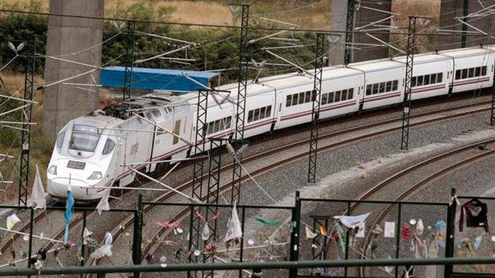 Víctimas del Alvia conmemoran el tercer aniversario del accidente en la curva de Angrois