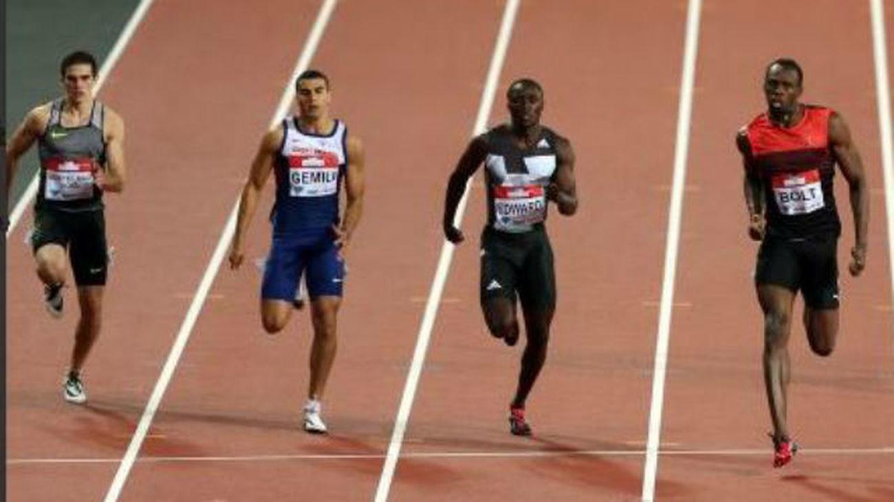 Hortelano bate el récord de España de 200 ante Bolt