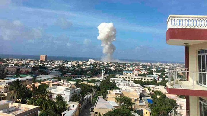 Trece muertos en el atentado yihadista en el aeropuerto de la capital de Somalia