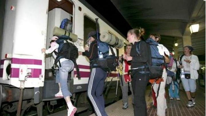 El Tren del Peregrino comienza a circular entre Madrid y Santiago de Compostela
